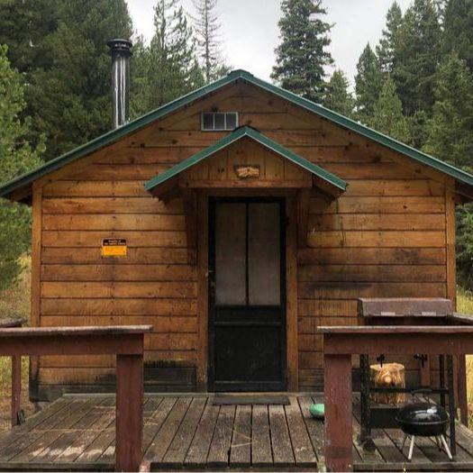 Douglas Creek Cabin